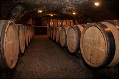 Cave tonneaux